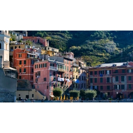 Vernazza Plaza