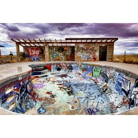 Graffiti Pool - Route 66